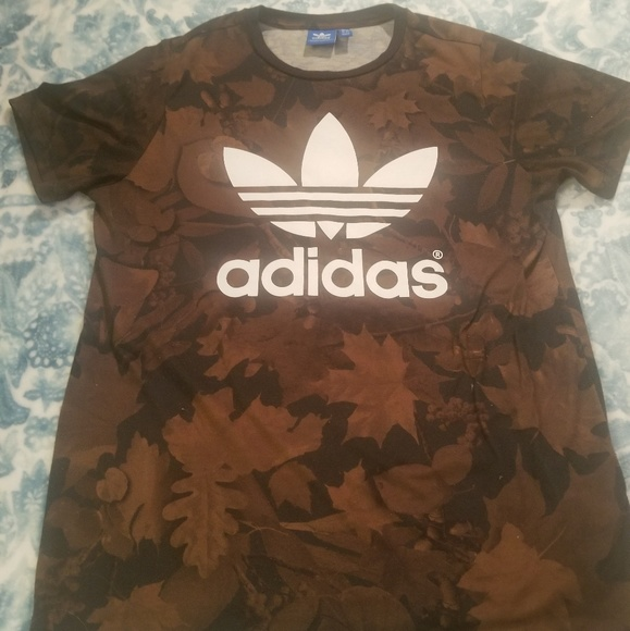 adidas Other - Adidas Trefoil Autumn Leaf Size Small Shirt